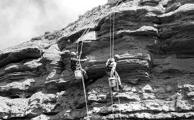 Sistemas de anclaje de cuerdas para trabajos en altura